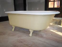 clawfoot bathtub exterior