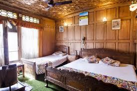 Pictures Of Houseboats Houseboats In Srinagar Srinagar Houseboats Kashmiremergency No
