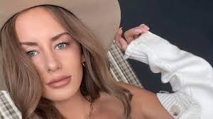 Missing Instagram Influencer Alexis Sharkey Found Dead on the Side of the  Road in Texas