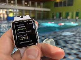 swimming and cycling with apple watch