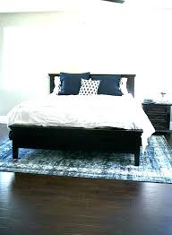 how big of an area rug do i need what size area rug under queen bed
