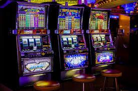 How do online casino jackpots work?