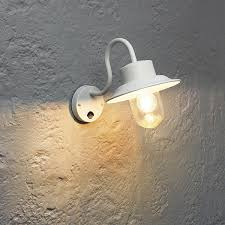 endon 70305 chesham outdoor wall light pir fisherman lantern 40w ip44 white