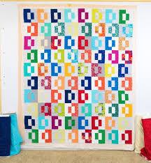 Tutorial: Spray Basting a Quilt & Modern Puzzle Quilt by Christa Watson - Free pattern! Adamdwight.com
