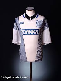 I saw it on the website on clearance for only 8 dollar. 1995 96 Everton Away Shirt L For Sale