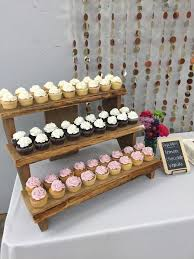 How To Display Cupcakes Without A Stand Delectable Rustic Cupcake Stair Step Display Idea From My Grad Party Obsessed