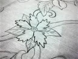 Batik bermotifkan bunga memang simpel semua orang yang baru mengambar saja dapat atau bisa menguasai. Desain Batik Tulis Bunga Di 2020 Sketsa Pameran Seni Gambar Ukiran