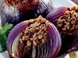 Zeytinyağlı Kırmızı Soğan Dolması tarifi | tarafından sofra.com.tr | Craftl