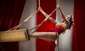 A Magical Cirque Christmas On Friday November 29 At 7 30 P M