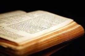 Znalezione obrazy dla zapytania pismo swiete ewangelia bog wiara obrazki