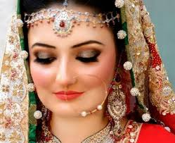 مكياج هندية للعروس images?q=tbn:ANd9GcQ