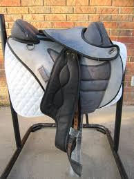 torsion treeless saddle. torsion endurance treeless 17\ saddle