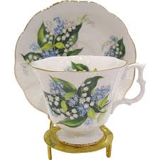 Cup And Saucer Display Stands Royal Albert Lily of the Valley Bone China Cup Saucer Display 66