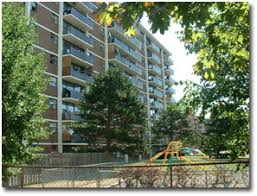 Apartments For Rent   3335 Ponytrail Drive, Mississauga, ON