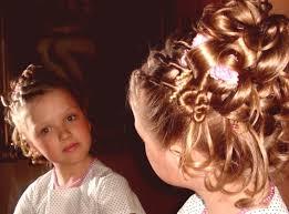 účesy Pro Dívky 85 Fotografií Roztomilých A Velmi Krásných Stylů