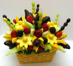 ... Fruit And Flower Arrangements How To Make A Do It Yourself Edible Fruit  Arrangement Edible Decorating ...