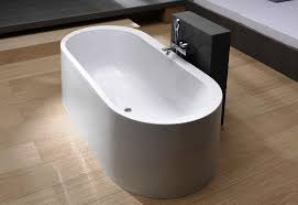 acrylic bathtub freestanding
