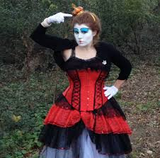 so due to the in progress status of the queen of hearts costume i give you the makeup tutorial for the traditional queen of hearts focusing on the tim