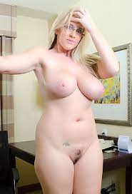 Big Boobs Pictures Huge Naked Tits Big Juggs Porn