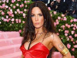 Halsey condemns industry treatment over ...