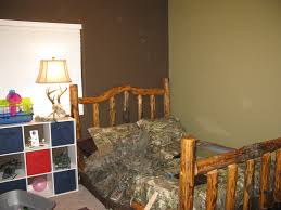 Hunting Decor For Living Room How To Decorate A Kids Room In A Hunting Realtree Camo Theme