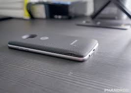 moto style shell with wireless charging. the mod either charges in tandem when phone is charging, or you could charge it separately by itself. runs 2 modes: efficiency mode which slowly moto style shell with wireless charging