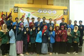 the student of environmental engineering president university 4th public health competition is held by universitas negeri jember in 17 19th 2016 this competition consist of essay national competition and