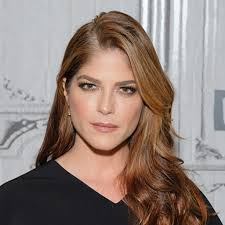 Throughout her diverse career, selma blair has been one of the most versatile and exciting actresses on screen. Selma Blair Krankheit Alter Vermogen
