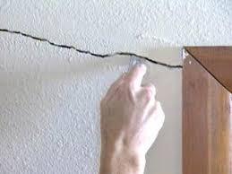 repair s and holes in drywall