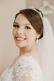Винтажные свадебные прически на свадьбу в стиле модерн. Svadebnye Pricheski 2021 Trendy Foto Na Korotkie Srednie I Dlinnye Volosy S Fatoj