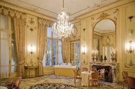 Luxurious Victorian Decor Style