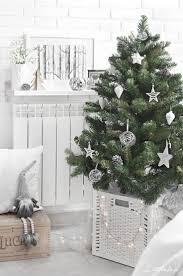 Un sapin de Noel esprit Scandinave! 15 exemples  suivre... Ikea 2018 Christmas EveIkea Christmas TreeCelebrating ...