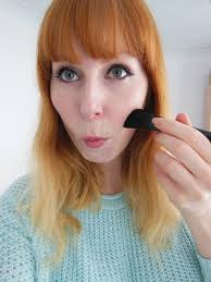 contouring on pale skin