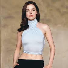 rose mcgowan paige matthews looks glamorous and y with this longer side part do