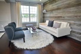 modern living room reclaimed wood wall contemporain salon