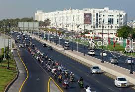 عمان: فتح أبواب التوظيف وسط تظاهرات مطالبة بتوفير فرص عمل