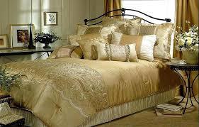 gold bedding king black