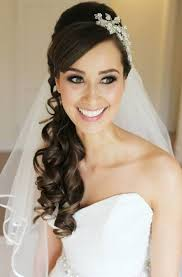 25  best ideas about Veil hair down on Pinterest   Half up wedding additionally Top 8 wedding hairstyles for bridal veils together with 25  best ideas about Wedding hair with veil on Pinterest   Wedding together with 25 Beautiful Wedding Hair Updos additionally 25  best ideas about Wedding Hairstyles Veil on Pinterest   Flower likewise 25  best ideas about Wedding Hairstyles Veil on Pinterest   Flower together with Wedding Hairstyles Long Hair Half up Half Down Veil   Hair as well Long Curly Wedding Hairstyles with Veil Long Curly Wedding in addition 25  best ideas about Veil hairstyles on Pinterest   Wedding together with Wedding Hairstyle with Tiara in addition 25  best ideas about Veil hairstyles on Pinterest   Wedding. on wedding hairstyles with veil