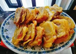Kue keranjang, jajanan tradisional khas hari raya imlek. Resep Kue Keranjang Goreng Tepung Oleh Maria Crishtabella Cookpad