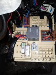 2007 h2 w 7 pin trailer harness brake controller from factory fuse box under the hood the absolute top left fuse is where the 50a goes in mine has a 60a fuse b c i was guessing at the parts store