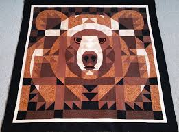 Roberta's Custom Quilting: Bear Face & Bear Face as this quilt is called was made by one of my customers as a gift  for her daughter to hang in their cabin over her bed. Being in bear country  ... Adamdwight.com