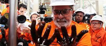 Resultado de imagem para Lula pr5e sal