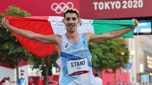 Olimpiadi Atletica Massimo Stano pazzesca medaglia d'oro nella 20 km di  marcia a Tokyo 2020 - Eurosport