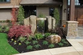 Idee Per Abbellire Il Giardino : Fontane idee particolari per un giardino da sogno