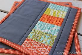 Modern Quilted Potholders - Simply Notable & This quilted potholder tutorial uses stacked coins to create modern  potholders perfect for any kitchen. Adamdwight.com