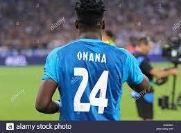 Kiew, Ukraine - 28. AUGUST 2018: Torwart Andre Onana des AFC Ajax geht an  die Tonhöhe vor dem UEFA Champions League Play-off-Spiel gegen den FC  Dynamo Stockfotografie - Alamy