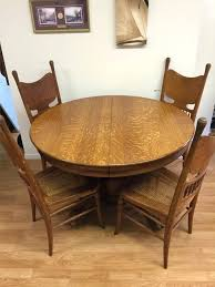 solid oak round dining table 6 chairs excellent solid oak round dining table and 6 chairs