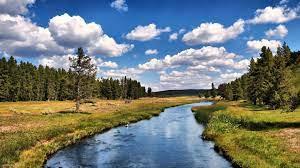 Beautiful River Free Desktop ...