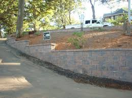 retaining wall construction images