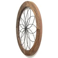 It's transitional style complements most any interior. Stratton Home Decor Round Wood And Metal Medallion Wall Dcor S11570 The Home Depot
